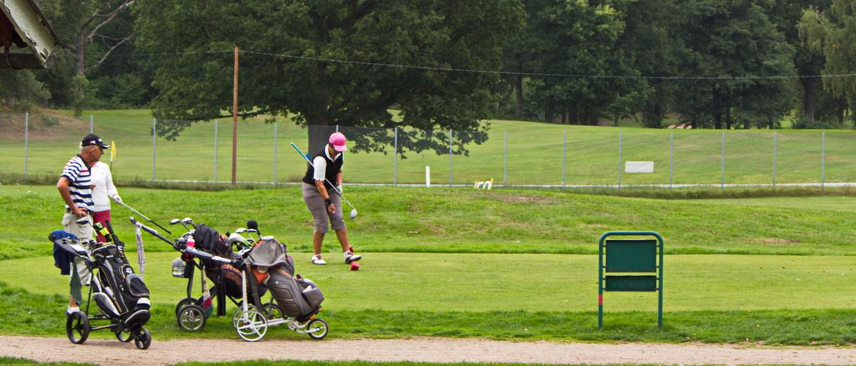 Golf i Skåne - Wittsjö Golfklubb - utslag på 10:ans tee