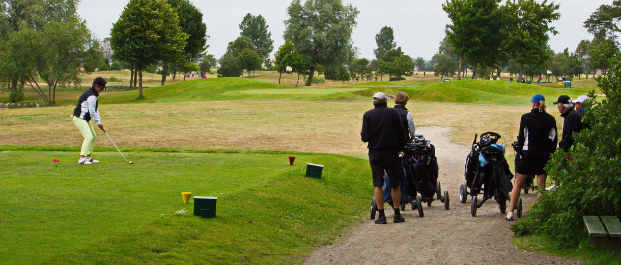 Golf i Skåne - Bedinge Golfklubb - Utslag från tee