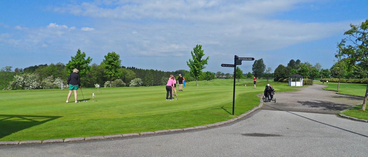 Golf i Skåne - Eslövs Golfklubb övningsgreen
