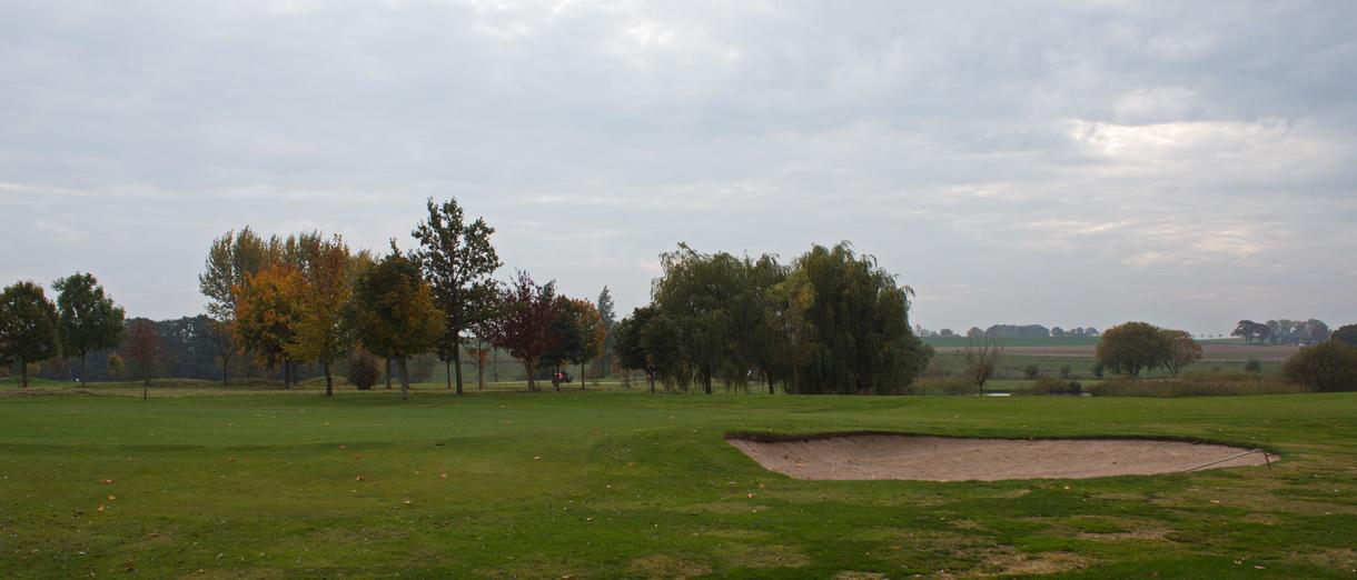 Golf i Skåne - Kävlinge Golfklubb bild från banan 6