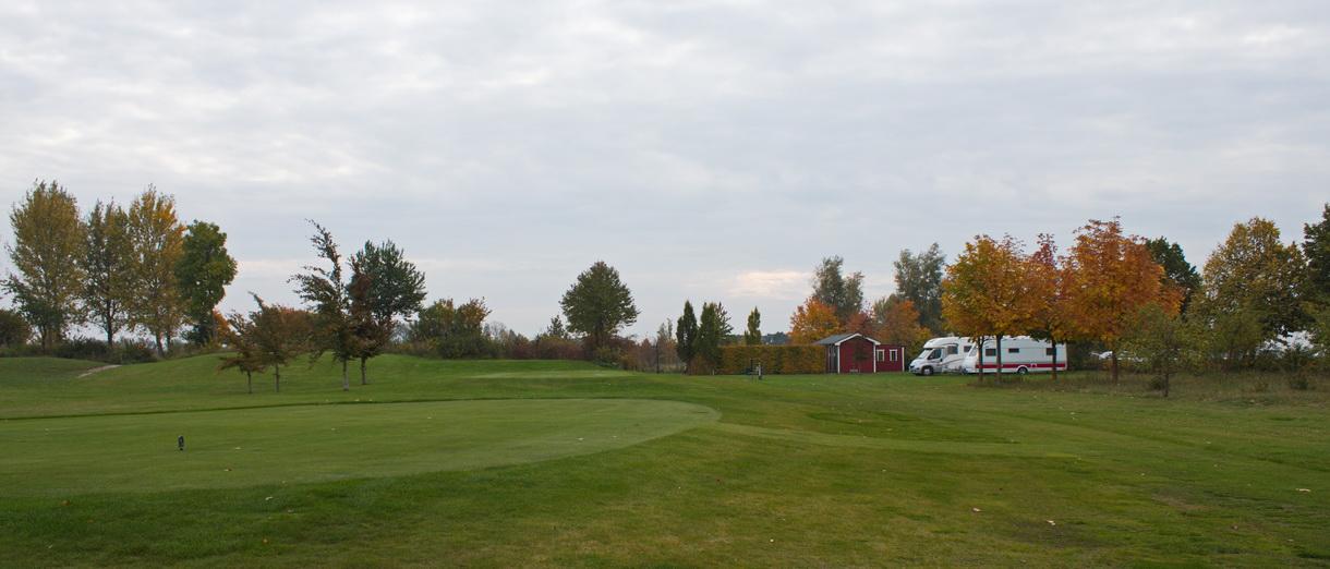 Golf i Skåne - Kävlinge Golfklubb - Plats för Husvagn och Husbil bild 2